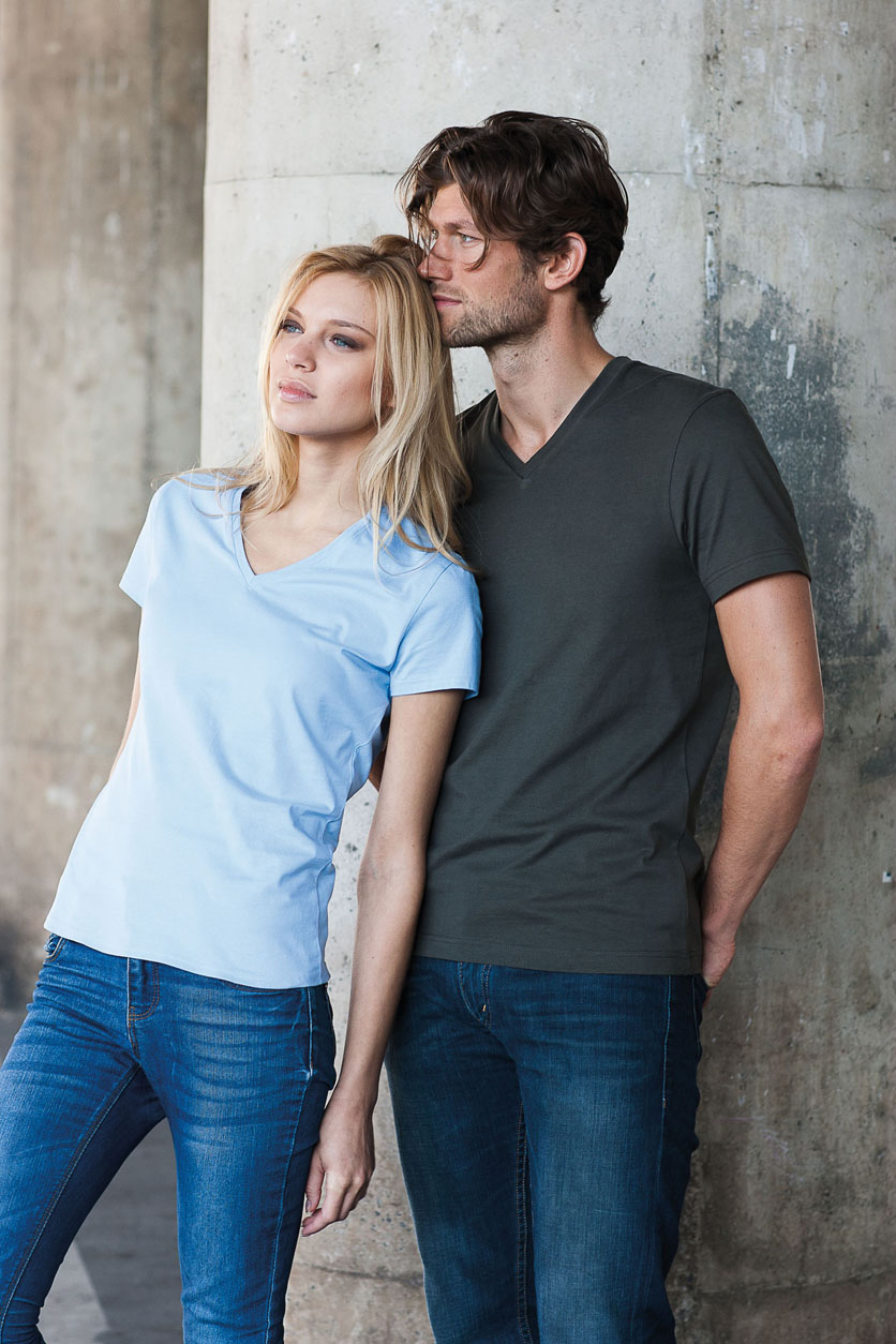 Kariban Ladies Short Sleeve V-neck T-shirt