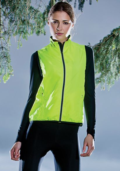 Spalding Dames Exhilaration gilet endurance Model